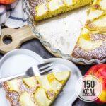 Saftiger Apfelkuchen mit vielen Äpfeln, fettarm und kalorienarm. Der beste und schnellste Apfelkuchen - gelingsicher und einfach! Einfaches und schnelles Rezept. Gesundes und kalorienarmes Backen. Schnelle Rezepte zum Abnehmen. - kaloriengeniessen.de #apfelkuchen #applepie #cake #süß #dessert #frühstück #schnellundeinfach #kaloriengeniessen #rezeptezumabnehmen