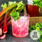 Erfrischender und einfacher Rhabarber-Sirup (mit Booklet und Etiketten zum Ausdrucken)